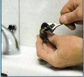 C mo cambiar el cuerito de una canilla for Vastago de llave de ducha